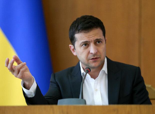 """Інвестиції Volkswagen в Україну і особиста вигода Меркель: Зеленського попередили про цілі """"Нормандського формату"""""""