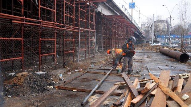 До перекрытия Шулявского моста остаются считанные дни: Киев скуют гигантские пробки