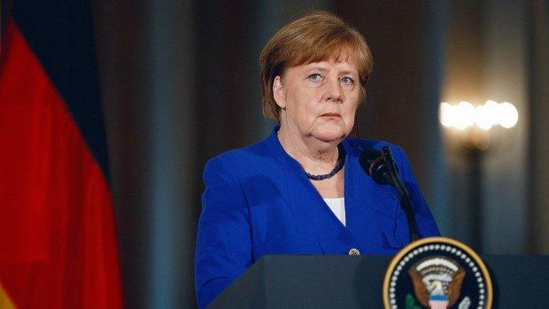 Меркель перестала сперечатися про Донбас і визнала найстрашніше: занадто далеко
