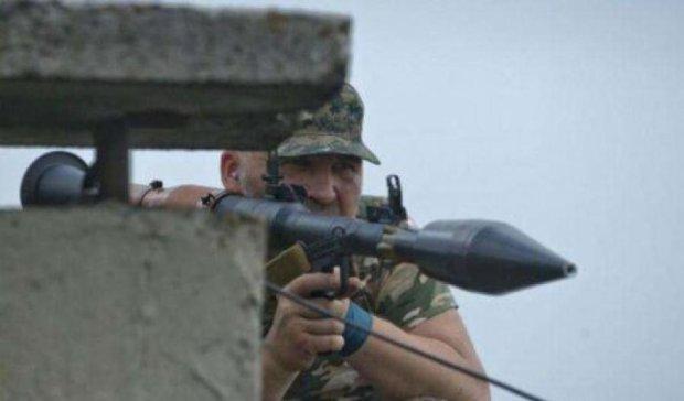Новоташківку обстрілюють сепаратисти - люди ховаються у підвалах