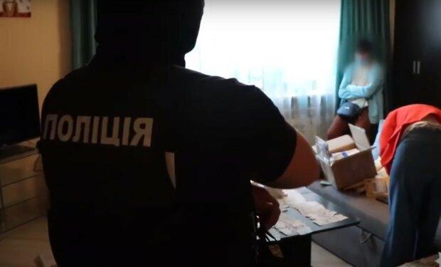 """Харьковчанам годами впаривали """"липовое"""" лекарство, которое не лечит даже головную боль"""