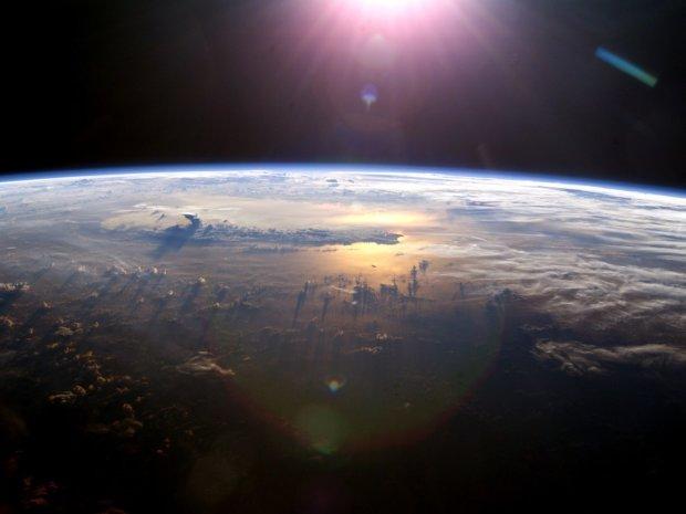 Цунами, землетрясения, огненные сферы: Нибиру уничтожит человечество даже без столкновения, конец близок
