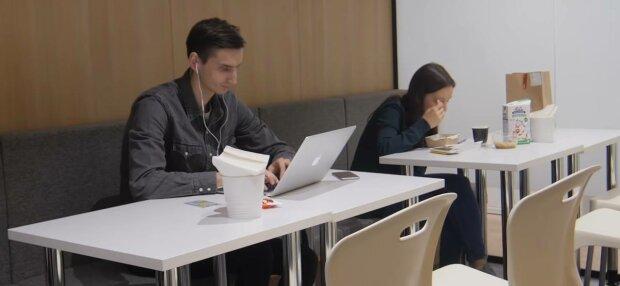Работа, фото: скриншот из видео