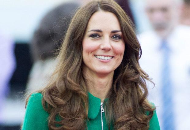 Кейт Миддлтон восхитила жизнерадостным образом: изумрудная герцогиня