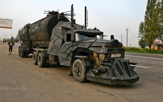 Американці створили вантажівку, що любить ДТП