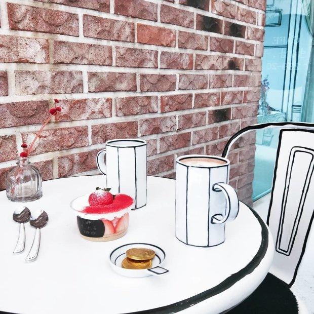 В Сеуле открылось первое в мире нарисованное кафе