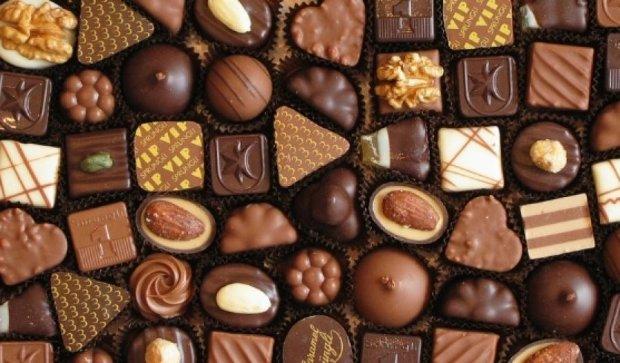 Українці перестали їсти цукерки