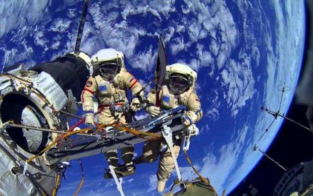 Прибульці привітали астрономів з Днем космонавтики