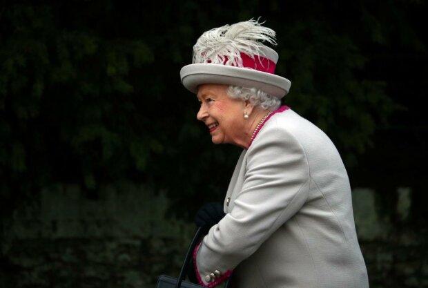 Елизавета II не такая простая, как кажется: какие скелеты прячет королева в шкафу