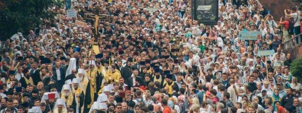 Харьков готовится к Крестному ходу, меняйте маршруты: что нужно знать