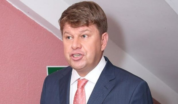 Спортивного комментатора из России назвали сумасшедшим пропагандистом