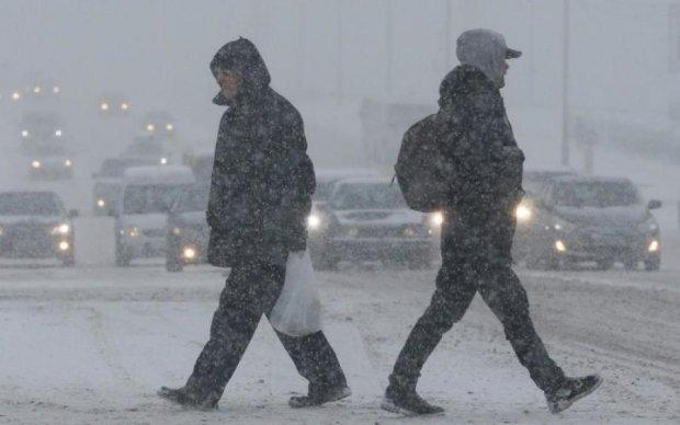 Дістаємо пуховики: потужний циклон змусить українців тремтіти
