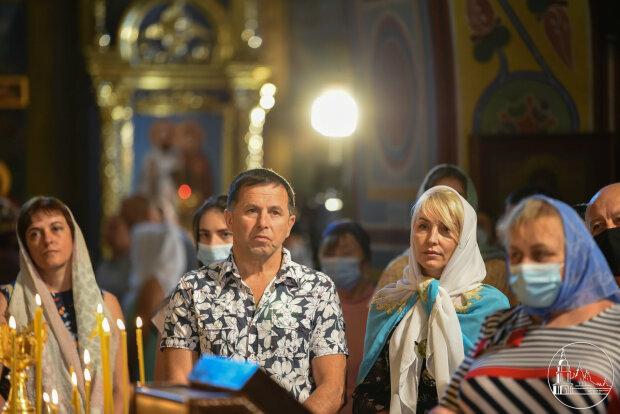 Служение, ПЦУ - фото Свято-Михайловского Златоверхого собора