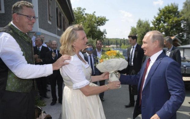 В Австрии рассказали, как пляски Путина на свадьбе повлияли на их отношение к РФ