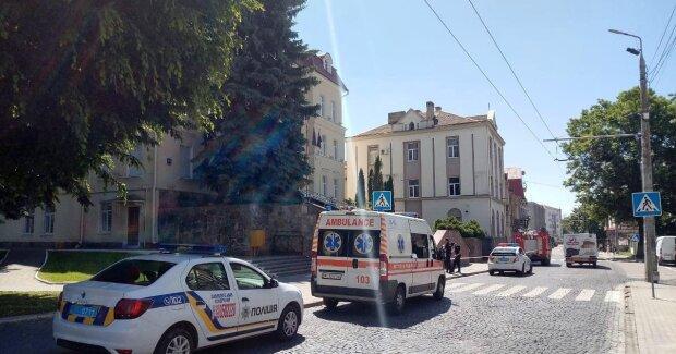 В Одессе заминировали больницу, под угрозой - сотни людей: первые подробности