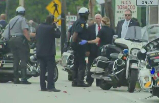 Кортеж віцепрезидента США Майкла Пенси потрапив в аварію, фото: twitter.com/HowardMortman