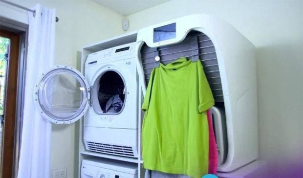 Робот-автомат поможет разгладить и сложить одежду