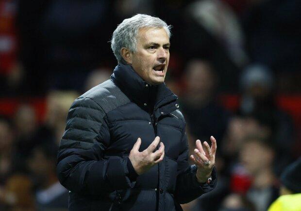 Моуріньо займе пост головного тренера у топовом клубі: надійшла неймовірна пропозиція
