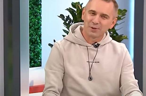 Олександр Авраменко, кадр з ефірі шоу твій день на 1+1: YouTube