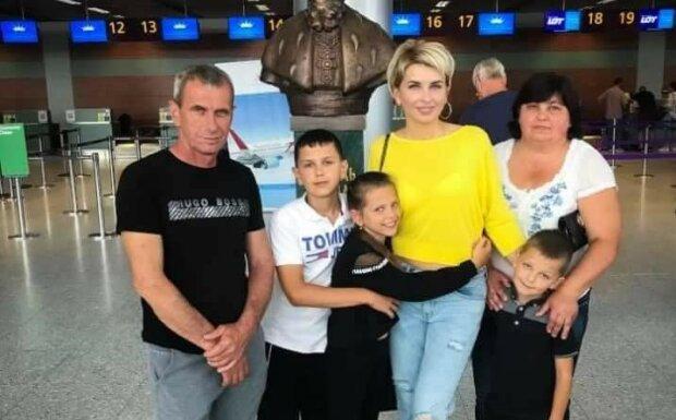 """Рак обірвав життя молодої львів'янки, страшне горе і безвихідь: """"Троє дітей залишилися без мами і тата"""""""