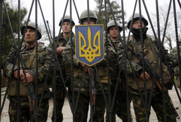 Порошенко підписав закон про збільшення армії