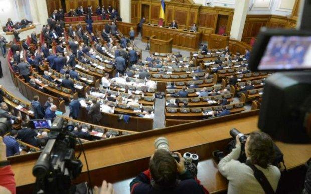 Рибчинський пояснив, звідки взялися диктаторські закони проти українців