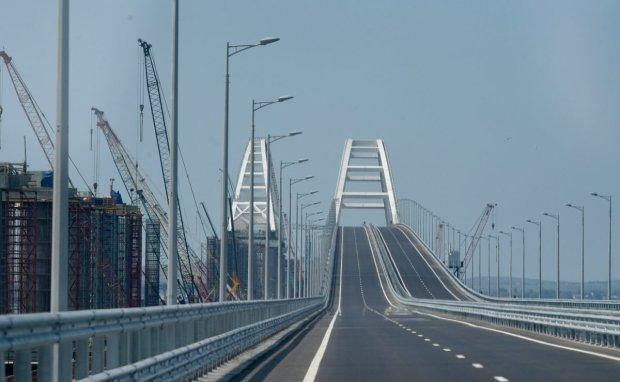 Аномальные аварии: Крымский мост заразился транспортным безумием, Путин в трансе