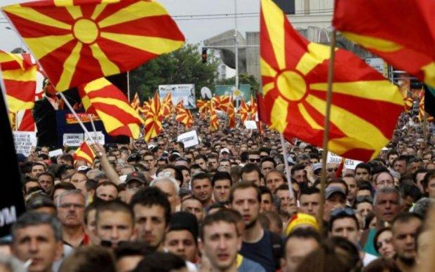 Президенту Македонії не сподобалась нова назва країни, і ось що він вичудив