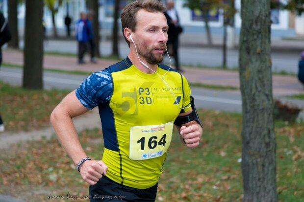 Олексій Борисенко, acebook.com/aleksej.ukr