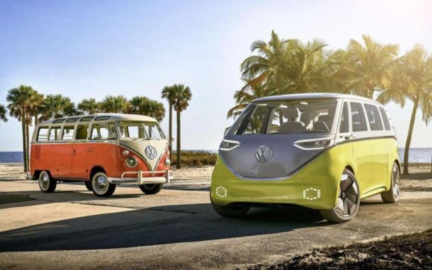 """Volkswagen возродит известный хиппи-мобиль с новой """"начинкой"""""""