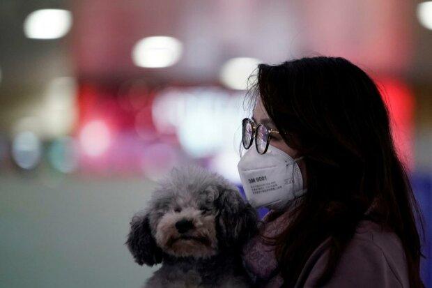 У Китаї через коронавірус заборонили весілля та похорони - що відбувається у заблокованих містах