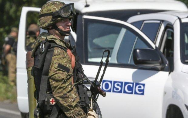 Експерт пояснив, хто і навіщо підірвав машину ОБСЄ