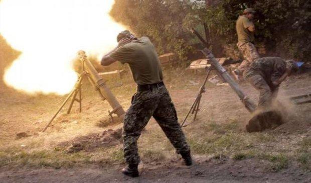 Терористи з мінометів обстріляли місію ОБСЄ під Щастям