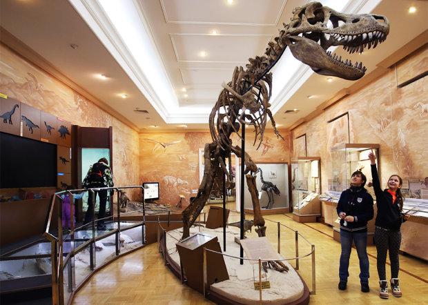 Призрак в британском музее: нечто невероятное засняла камера наблюдения