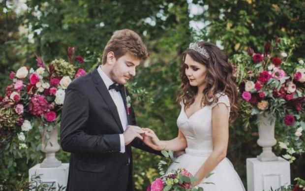 Без сліз не поглянеш: ці весільні знімки порвали мережу