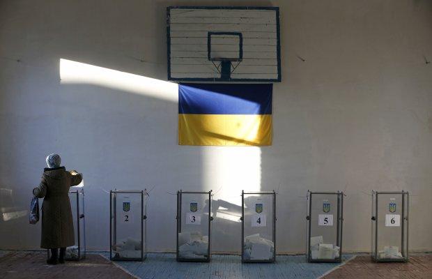 Кандидаты запустили вербовку агитаторов для работы на выборах: где и сколько платят