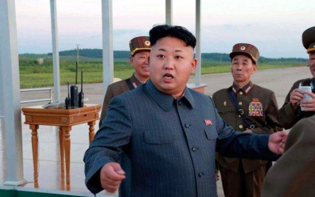 У США пригрозили знищенням божевільному Кіму