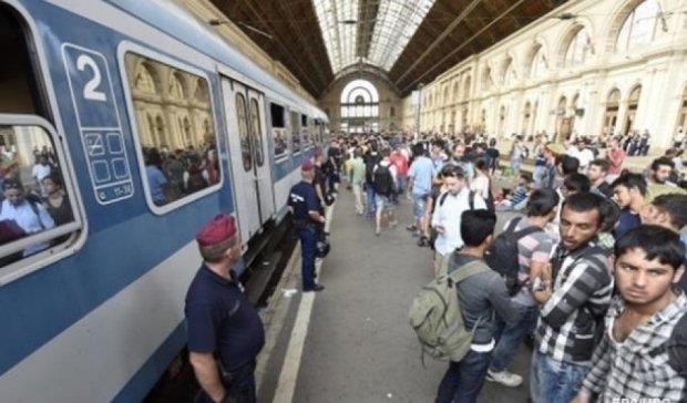 В Угорщині затримали поїзд із біженцями