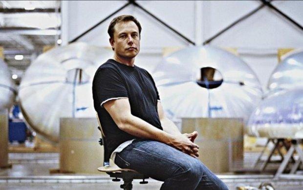 Ілон Маск відмовився викуповувати Tesla