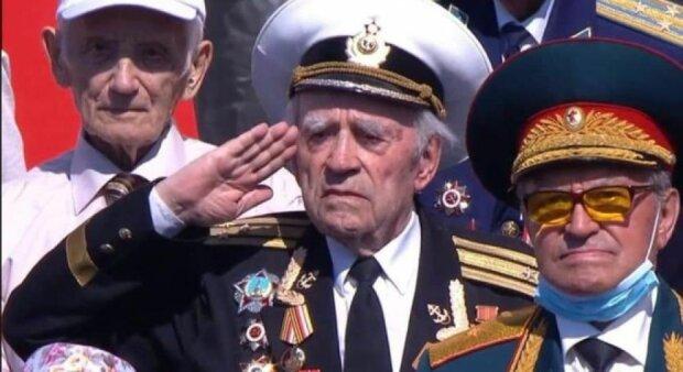фейковий ветеран на параді у Путіна, фото з вільних джерел