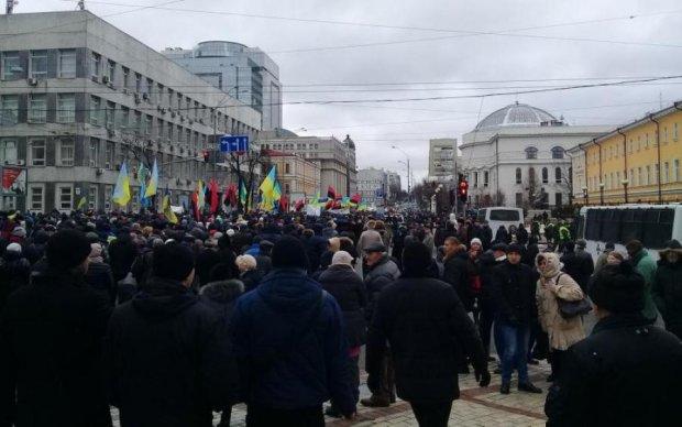 Прихильники Саакашвілі штурмують Верховну Раду: відео