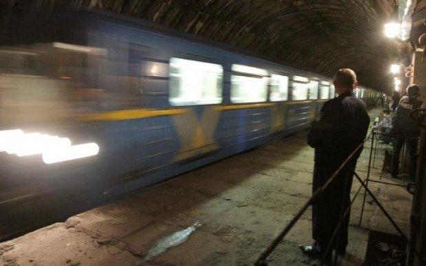 Поезд-призрак попал в объектив камеры