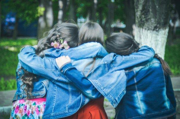 Дівчата, фото: pixabay.com