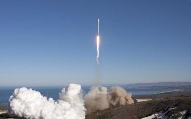 Ракета Маска в космосе: как Falcon 9 пронзила небо, видео