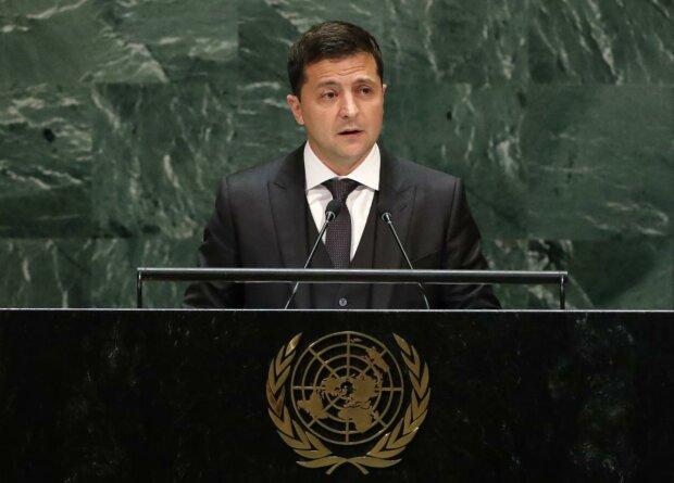 """Зеленський приніс кулю на засідання в ООН, в РФ """"упізнали"""": """"Несправжня"""""""