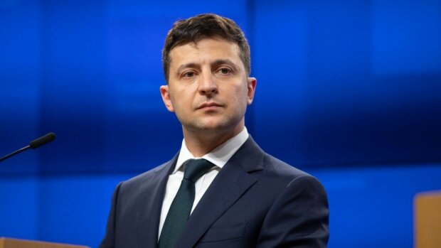 Зеленський взявся за суди у Дніпрі, озвучено рішення: кого президент одягнув в мантію