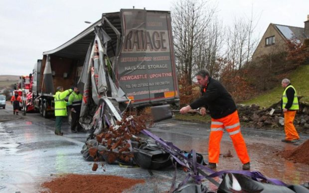 Кривава ДТП в Британії: є загиблі і поранені