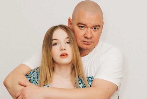 """13-річна донька Кошового скандалить через хлопця, у """"лисого"""" смикається око: """"Зарано"""""""