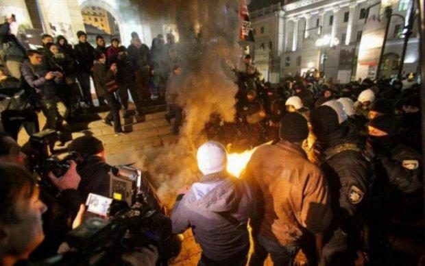 Драка на Майдане попала на видео