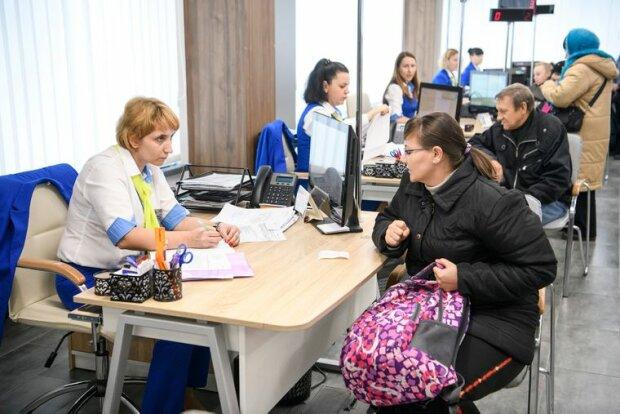 Мільйонам українців підвищили субсидії: пільги на комуналку показали в цифрах
